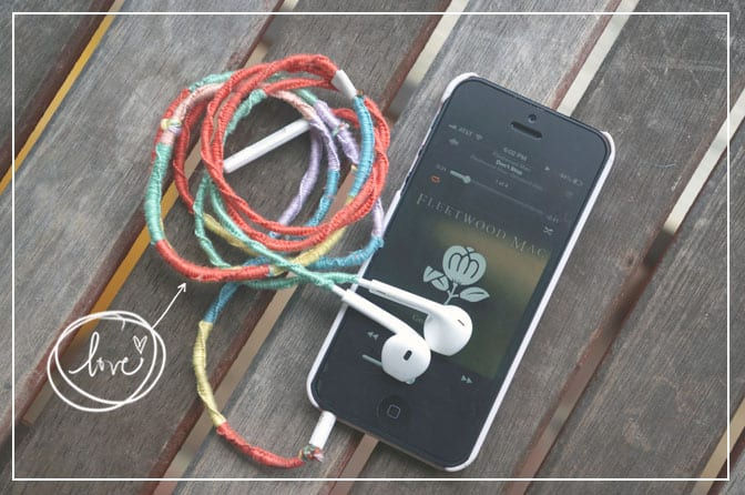 Cheap and Easy Knotted USB Cover from In Our Pond  #DIY  #craft  #tech  #travel  #teen  #gift  #roadtrip  #usb
